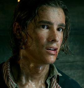 Брентон Туэйтес продемонстрировал характер своего персонажа в тизере «Пиратов Карибского моря»