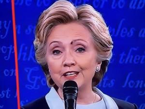 «Муха Хиллари» вызывает резонанс в социальных сетях