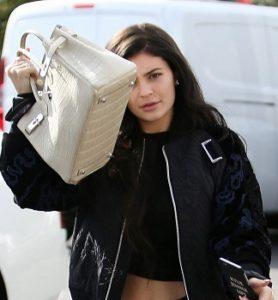 Кайли Дженнер запускает новый онлайн-магазин The Kylie Shop