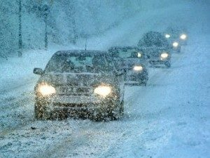 16_08_40-driving-in-the-snow_web-300x225